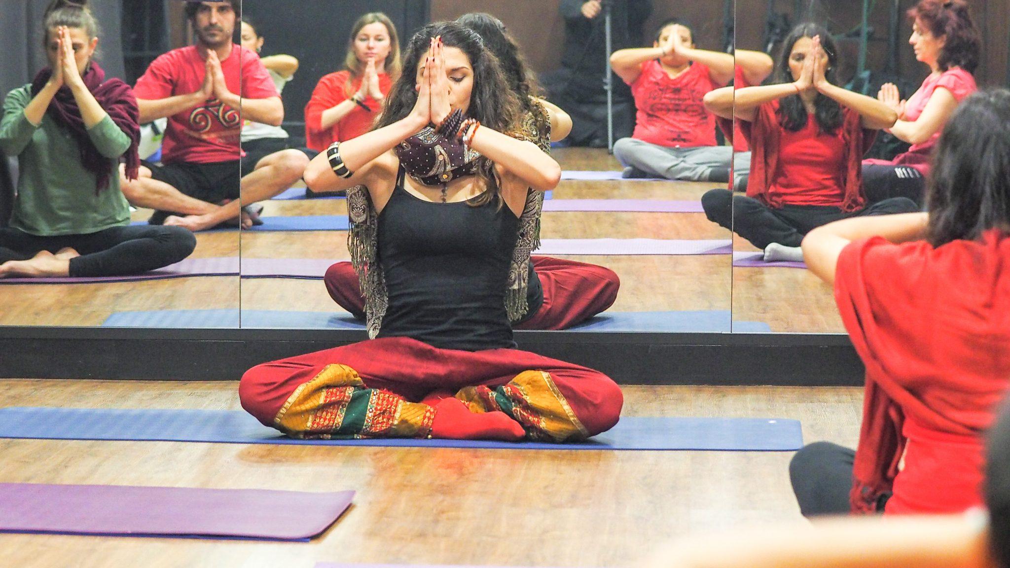 YogaDanza, conectando con la raíz