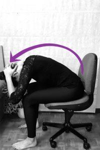 Flexión postura yoga espalda